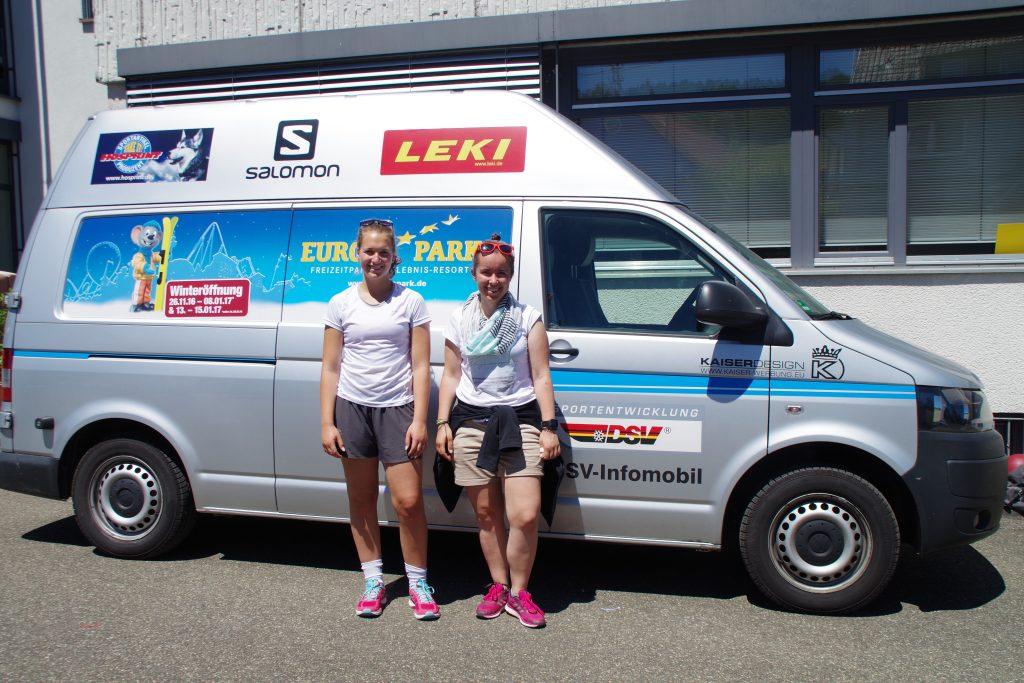 Anna Gold und Alina Brenner (FSJlerin vom SSV)